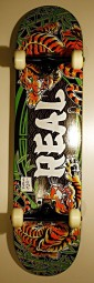 Real Skateboards Komplettboard 7.625